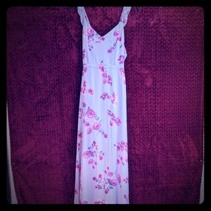 Lavender Lulu's floral small maxi dress